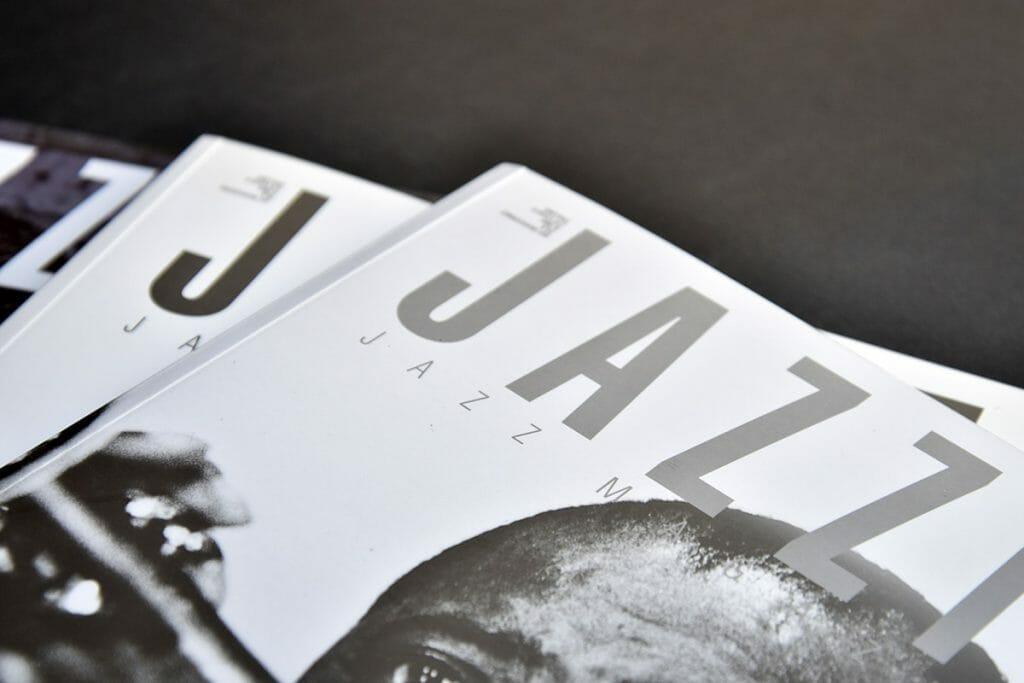 dettaglio-rilegatura-magazine