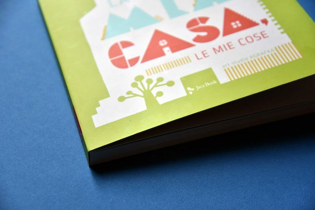 libro per bambini in cartone